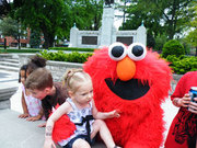 TRIBUTE TO ELMO / PARTIES FOR TODDLERS